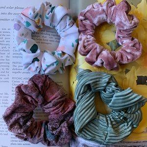 Scrunchies 4 Pack